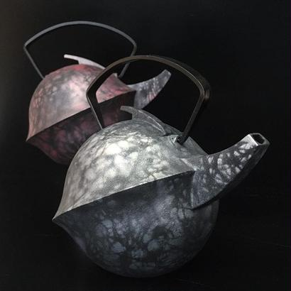 YOnoBI 鋳物ティーポット【KABUTO Ⅱ】 laver silver