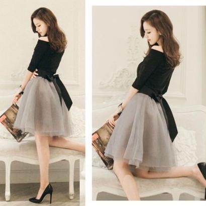 新品2点セット♡長袖セットアップオフショールとリボン付きレーススカート♡
