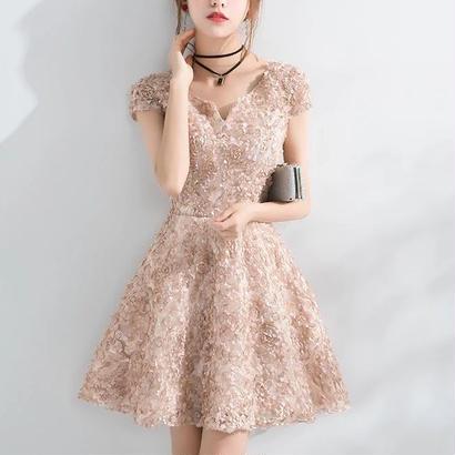 新作♡ vネック 結婚式ドレス 立体花ビラ ミニワンピース