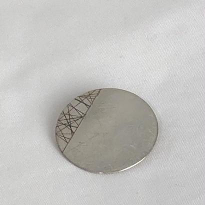 shima     真鍮ブローチ  (丸)