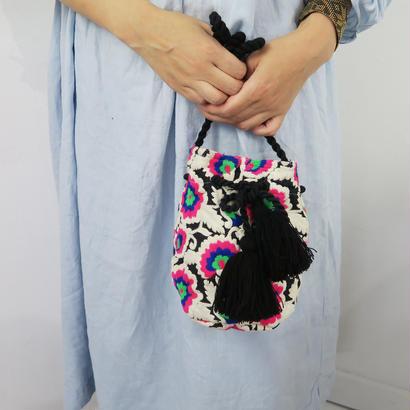 BINDU 刺繍モチラバッグ フラワー