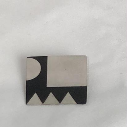 shima  真鍮モノクロブローチ   (四角)