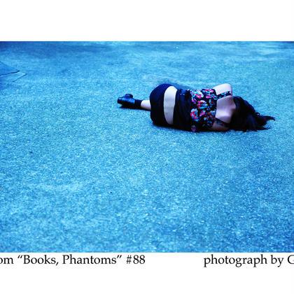 「Books, Phantoms」額装写真