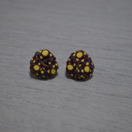 ぶつぶつころっとサンカクピアス blue purple yellow gold