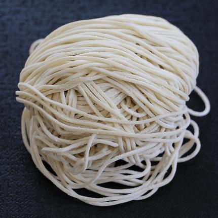国産小麦粉100%使用低加水細中華麺