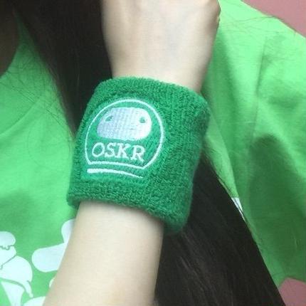 【Goods】おしくら リストバンド color:緑 or 赤