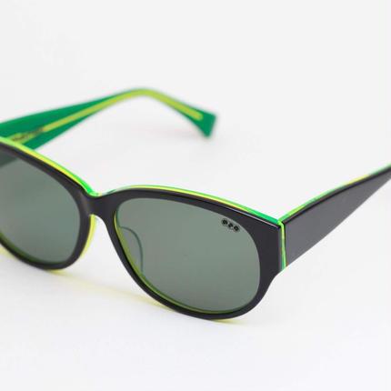 'mango' model    black/ neon greenframe/G-13lens