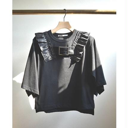 Buckle frill Tops BLACK