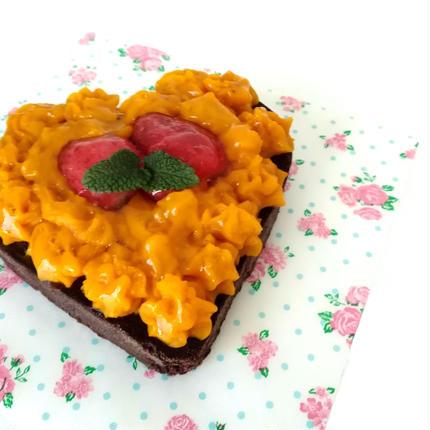 小麦粉アレルギー対応ケーキ(かぼちゃwithイチゴ)