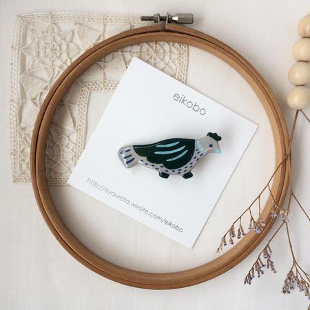 eikobo  |  さんぽ鳥 ブローチ / グリーン