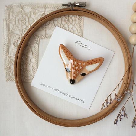 eikobo  |  バンビ ブローチ