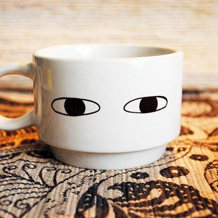 目 マグカップ
