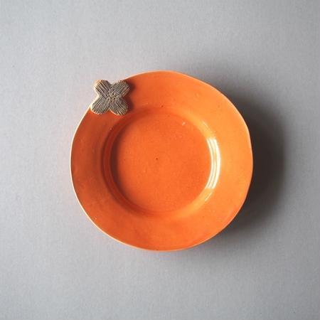 キム ホノ 花リム皿