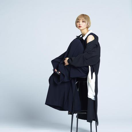 Monochrome long coat