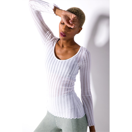 【SALE】Taylor U-Neck Long Sleeve Top
