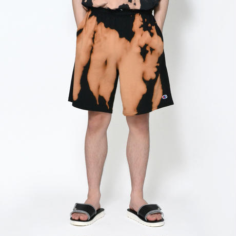 Bleached Dye Short Sweatpants / BLACK