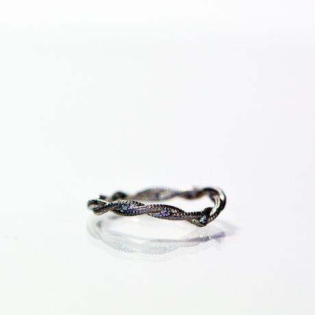 IVY Ring-VラインダイアモンドPT