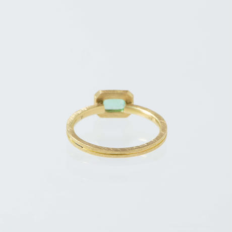 ---One of a kind---ツキノミチ Emerald Ring,