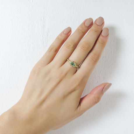 ---One of a kind---Twist Emerald  RIng