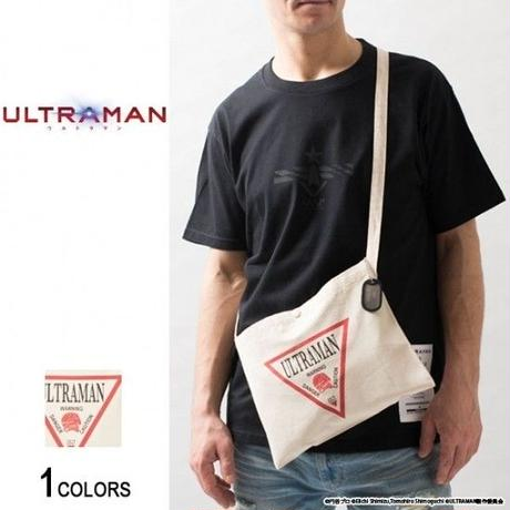 『ULTRAMAN』 ドッグタグ付き ウルトラマン トライアングルデザイン サコッシュ(男女兼用)【backside of tokyo】
