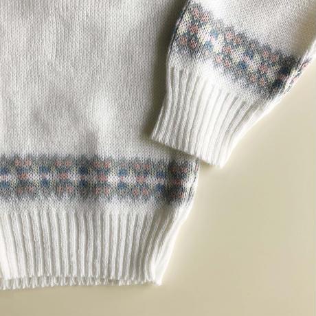 white knitting cardigan