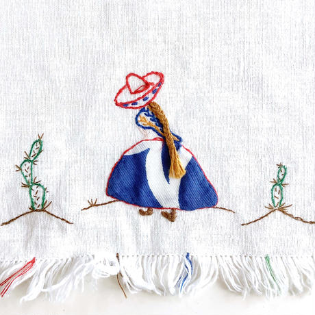 embroidery bib