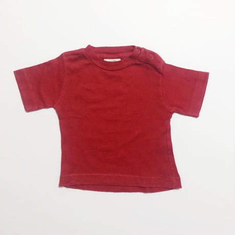 sears red T-shirt