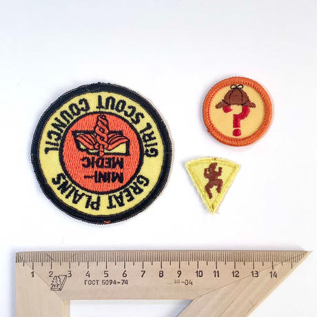 70s girl scout  badge_9