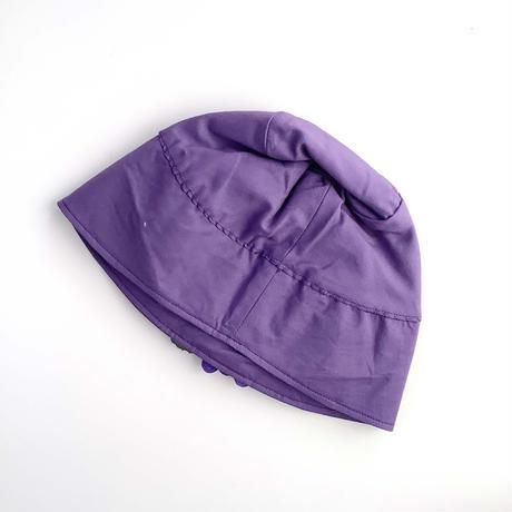 violet hat