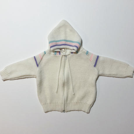 white knitting hoodie & pants outfit