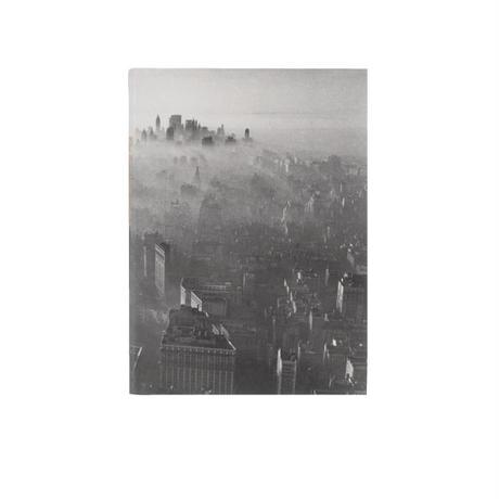 ◆メール便発送商品◆New York Times フォグ カバード スカイライン 1966 タブレットノートブック