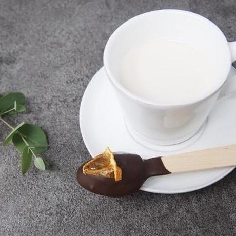 ホットチョコレートができる♪スプーンはちみつチョコ(ビター)