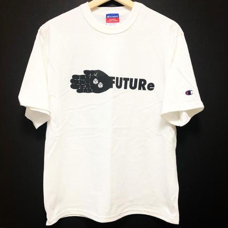 [FUTURe ]T-shirt  size : S,M,L / white