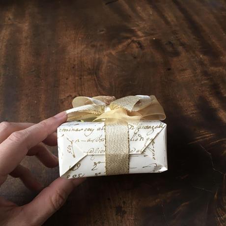 材料&道具いらず ミナツナ画廊*フルラッピングキット【クリスマス×ゴールド Mセット】セルフ ギフト スクエア ボックス