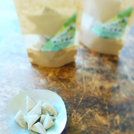 KINKATO 三角の手作り飴 葉山金華糖 (ホーリーバジル+塩)*次回発送 4月23日(金)