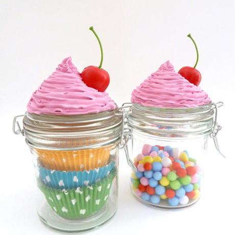 東欧☆カップケーキのガラス製小物入れ★ピンクのフロストとチェリーが可愛い★【プレゼント】【ジャー】【誕生日】