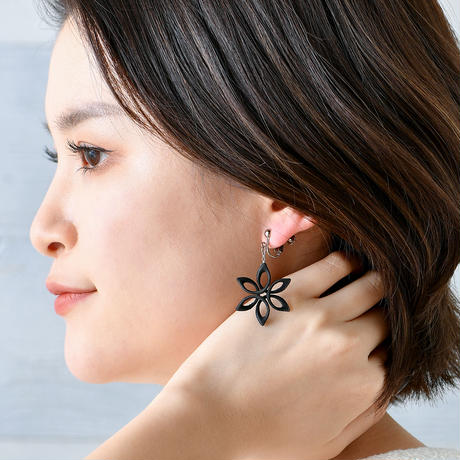 Spiro Flower - スピロフラワー イヤリング【ピアスへの変更可能】