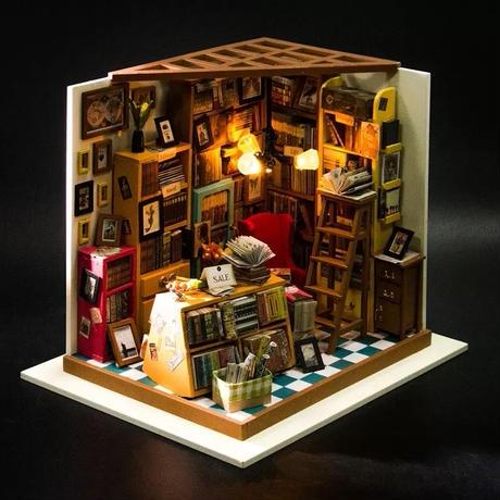 ドールハウス ミニチュア 手作りキットセット 本屋 LEDライト付属
