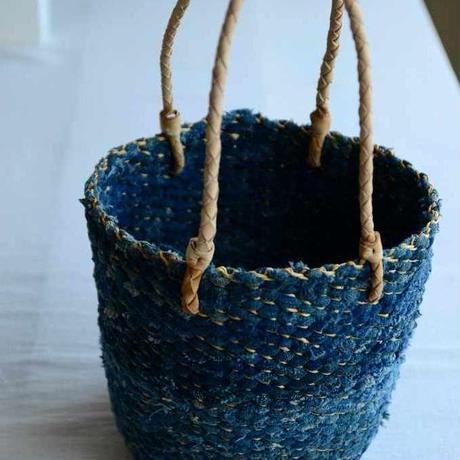 裂き編みのかご(藍染) Babaghuri