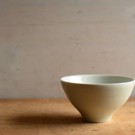 前田 育子さん  白磁 茶杯