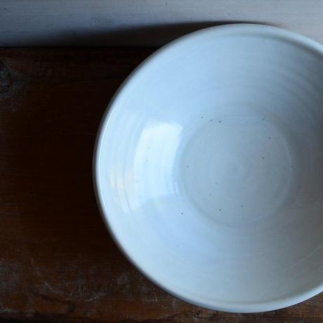 境 知子さん  白磁鉢(目跡なし)
