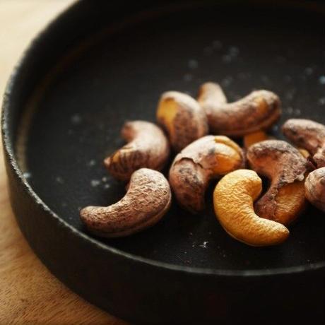 【再入荷】カンボジア産無農薬皮つきカシューナッツ
