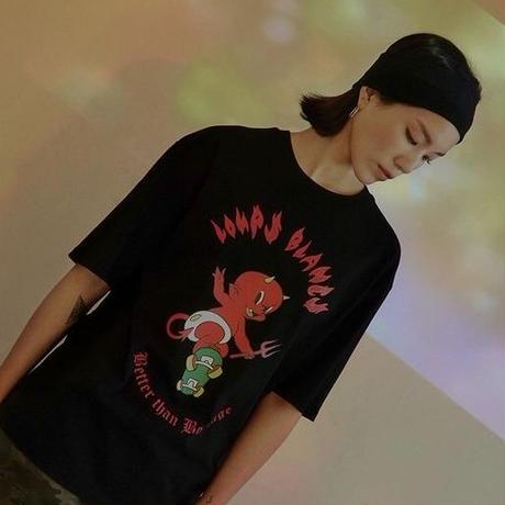 『LOUPS BLANCS』 ホットスタッフスケボーショートスリーブ Tシャツ (Black)