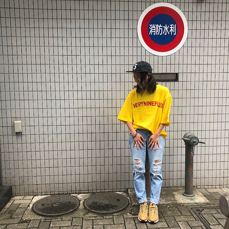 Verynineflux EMBROIDERY LOGO T-SHIRT (Yellow)