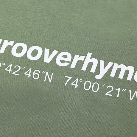 『grooverhyme』  NYC ロケーションロングスリーブ Tシャツ (Light Khaki)
