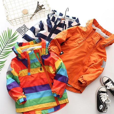 キャンプ向き子供用防風ジャケット