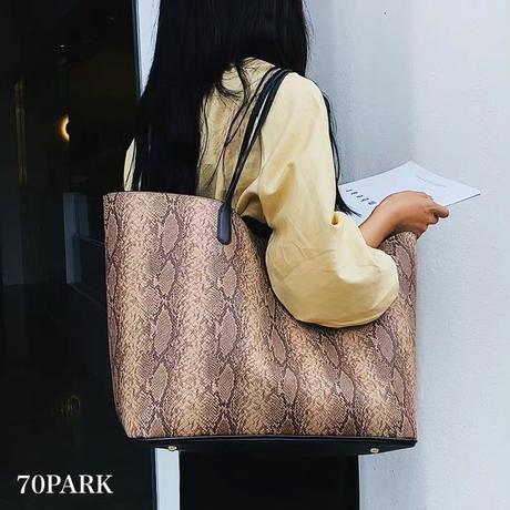 #Python Print Tote Bag  ポーチ付 パイソン柄 トートバッグ 全3色 A4収納可