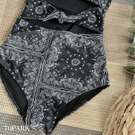 #Paisley Front Cut Out Swimsuit ペイズリー柄  フロントリボン ワンピース 水着  ブラック