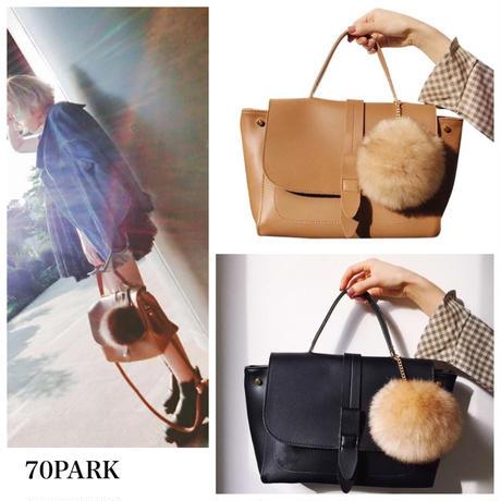 #2way Bag  with Fur Ball ファーチャーム付き シンプル ショルダーバッグ 全2色 ポンポン A4