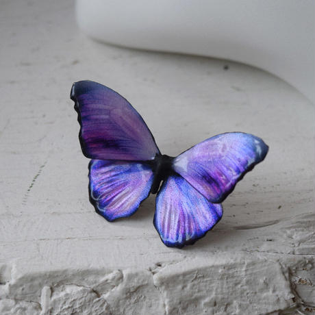 メネラウスモルフォのスタッドピアス lavender.col 2Ssize(片耳用)